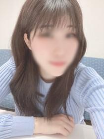 夏目ひなみ